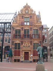 Goudkantoor (Marketing Groningen) Tags: toren nederland zomer groningen grotemarkt straat martinitoren winkels vismarkt straten binnenstad winkelen