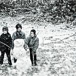 Premier bonhomme de neige...!!! thumbnail