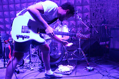 Jeff Rosenstock (Bomb the Music Industry!) - Studio SP - 29 de Novembro de 2011 (passamal22) Tags: music industry jeff studio de sp 29 bomb novembro 2011 rosenstock