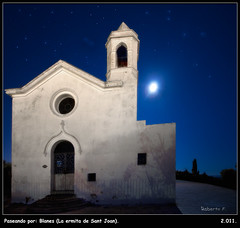 Ermita de Sant Joan (con luna llena) (Roberto Fraile) Tags: espaa luz canon contraluz gold spain arquitectura display catalonia girona luna special cielo artists 7d estrellas nocturna catalunya roberto lunallena salidas costabrava silencio ermita iluminacion blanes exteriores santjoan fraile chariots clasicas canon1022mmusm canon7d doubleniceshot tripleniceshot robertofraile luzgirona blinkagain musictomyeyeslevel1 flickrstruereflection1 flickrstruereflection2 flickrstruereflection3 flickrstruereflection4 flickrstruereflection5 flickrstruereflection6 flickrstruereflection7 flickrstruereflectionexcellence rememberthatmomentlevel4 rememberthatmomentlevel1 flickrsfinestimages1 chariotsofartistsspecialdisplaygold rememberthatmomentlevel2 rememberthatmomentlevel3 rememberthatmomentlevel7 rememberthatmomentlevel9 rememberthatmomentlevel5 rememberthatmomentlevel6 rememberthatmomentlevel8 thelookfinalgame rememberthatmomentlevel10 vigilantphotographersunite vpu2 vpu3 vpu4 vpu5 vpu6 vpu7 vpu8 vpu9 vpu10