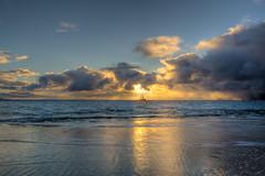 Maui Sunset Sail (Steve Flowers) Tags: sunset hawaii nikon maui hdr kaanapalibeach d7000 airlinelayover nikon1024mmlens