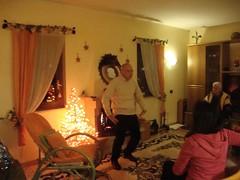 Mimica del corpo (Colombaie) Tags: camino mimi marco festa natale insieme cena anguillara noi giochi sabazia parenti gioco cenone divertimento genitori sorella vigilia men memorycorner