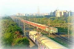 12951 rajdhani at dahisar outer (akshaypatil™ ® photography) Tags: