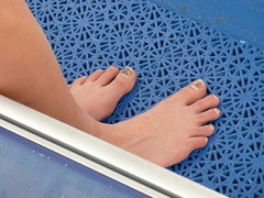(Tellerite) Tags: feet toes barefeet beautifulfeet prettytoes sexytoes sweetfeet prettyfeet sexyfeet girlsfeet femalefeet teenfeet femaletoes candidfeet beautifultoes younggirlsfeet youngfeet baretoes girlstoes girlsbarefeet teentoes teenagefeet teenagetoes teengirlsfeet girlsbarefoot youngfemalefeet candidtoes youngfemaletoes