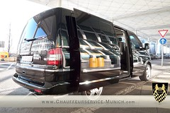 Limousine Service in Munich, sightseeing tour, airport transfers, medical service, road show, Chauffeur Service, Guest Relations-Munich16.jpg (Chauffeurservice-Mnchen) Tags: limousineservicemunich chauffeurservicemunich sightseeing airporttransfer medicalservice chauffeurmunich roadshowmunich