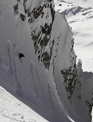 brenva (cedccb) Tags: winter white snow ski blanco ice montagne de grande italia nieve powder glacier pico snowboard neige courmayeur mont blanc hielo poudre italie montblanc glace montaas 2012 esqu polvo crevasses     hellbroner   lucapandolfi