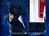 fase azul #1... (bruce grant) Tags: broadway tags cartazes obras novaiorque tapume rasgados apagados