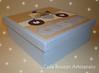 Caixa multifuncional (Carla Bouzan) Tags: quadrodematernidade caixarevestidacomtecido patchworkembutido