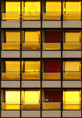 (smc A*) Tags: roma yellow gold f45 300mm amarillo giallo eur smc oro edif pentaxfa smcpentaxfa300mmf45edif