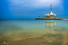 Kuwait - Marina Waves (Abdulaziz ALKaNDaRi | Photographer) Tags: fish beach water rock marina canon outdoors photography eos high fishing waves gulf view shot quality east photograph arab arabia kuwait arabian middle ef f4 1740 2012 salmiya q8 kwi  abdulaziz    kuw 550d q8city   t2i arabgulf   alkandari   blinkagain abdulazizalkandari wearab