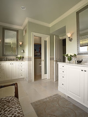 "Master Bath • <a style=""font-size:0.8em;"" href=""http://www.flickr.com/photos/75603962@N08/6853445859/"" target=""_blank"">View on Flickr</a>"