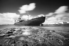 Barco Telamn, puerto los Marmoles (Zsuzsa Por) Tags: longexposure espaa island spain barco lanzarote canarias atlanticocean islascanarias greatphotographers canonistas canoneos7d bestcaptureaoi bw110nd30 telamn elitegalleryaoi