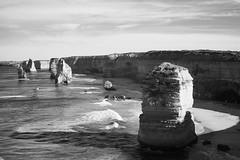 busy apostles (zamilo) Tags: 50mm australia victoria greatoceanroad 12apostles