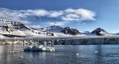 Svalbard, polar paradise (marko.erman) Tags: sea sky panorama sun mountains cold ice water beautiful norway clouds montagne reflections landscape eau paradise sunny calm glacier svalbard ciel serene nordic iceberg polar icy nuage paysage extrieur bore spitzbergen idilic