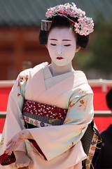 (byzanceblue) Tags: red white colour cute girl beauty japan japanese dance kyoto traditional maiko geiko geisha   kimono gion elegant marika cosmetic