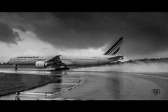 DSC_2725 (Daniel.L.B.Photography) Tags: france nikon aviation air off d750 take boeing pilot avion airfrance dcollage b777