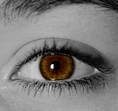 Emma's eye colour splash (Darren Frodsham) Tags: eye canon pop colorsplash coloursplash 550d