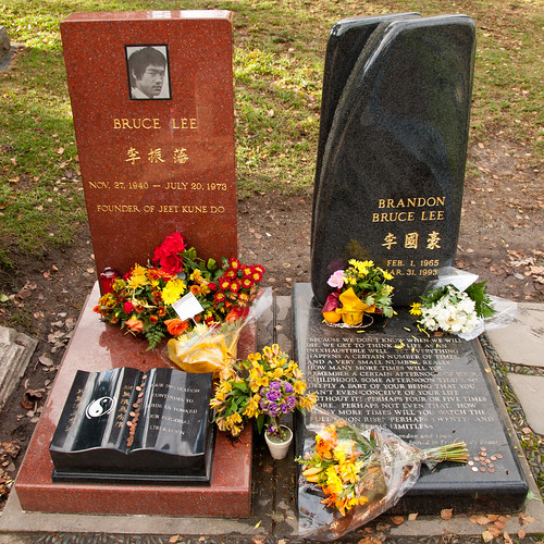 Graves of Bruce Lee and Brandon Lee