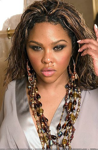 lil-kim-photo-shoot