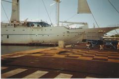 Damaged Wind Song Cruise Ship - Tahiti (Jonathan VINDIOLET) Tags: cruise port de ship wind song windstar tahiti damaged cruises papeete johnatthane wwwbordeauxpaquebotscom