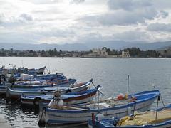 Barche a Mondello. (sangiopanza2000) Tags: travel sea boats mare barche sicily viaggio sicilia mondello sangiopanza