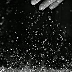 ** (gagilas) Tags: water sink modestas watersplashing