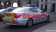 Metropolitan Police / BMW 525d / Armed Response Vehicle / AWQ / BU08 FND (Chris' Transport Pics) Tags: old uk blue light england woman man london film speed square lights bill pc bars pix order fuji cops united nick fine trafalgar blues police samsung kingdom finepix copper bmw vehicle and fujifilm service law hd enforcement breakers emergency 112 siren metropolitan coppers arrest policeman response armed 999 constable 991 twos strobes patrolling policing arv lightbars 525d rotators vluu awq pl81 pl90 sl630 leds s2750 bu08fnd