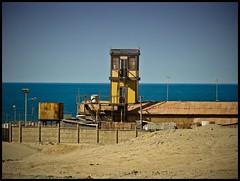 Mejillones Chile - Antiguo mirador en el sector ferrocarril (Victorddt) Tags: chile trenes mirador sonycybershot mejillones ferrocarril fcab nortedechile iiregin dsch55