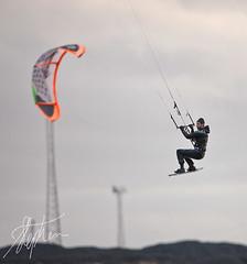 Who's kite is it anyway (Pixelda) Tags: kite gare surfer south tees pixelda