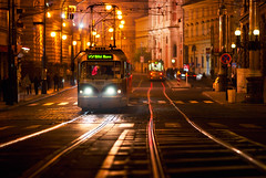 tram 8273 (Dennis_F) Tags: street city colors night zeiss lights evening prague sony capital tram prag praha tschechien stadt czechrepublic fullframe dslr bahn lichter farben 135mm nachts abends 13518 a850 ceskárepublika sonyalpha sonydslr vollformat cz135 zeiss135 dslra850 sonya850 sonyalpha850 alpha850 sony135 sonycz135