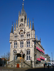 Stadhuis Gouda ( Annieta  Off / On) Tags: november monument dutch canon sonyericsson nederland thenetherlands cellphone powershot townhall s2is rathaus centrum stadhuis allrightsreserved mobiel gouda gotic gotisch 2011 olddutch oudhollands annieta lhteldeville worldbest se810i kaasstad usingthisphotowithoutpermissionisillegal ruby10 ruby5