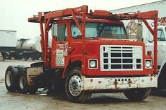 IH S-2200-CH (PAcarhauler) Tags: tractor modela kat semi international trailer ih autohauler s2200