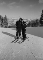 IMG_0057 (Ēk) Tags: leica blackandwhite mountain ski contrast rollei creek silver screw snowboarding colorado skiing bc low voigtlander 28mm beaver mount 25 vail copper rlc breckenridge m6 frisco ortho f35 2835