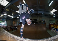 Vincent Michel - Tuck-knee invert