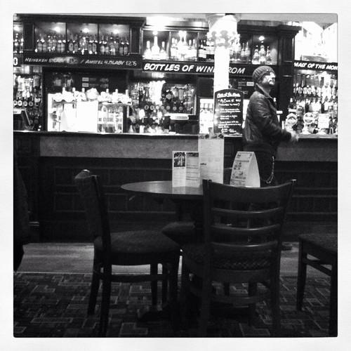Mono pub
