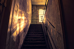 Inside Alcatraz - Abandoned... (SergeK ) Tags: light abandoned dark freedom san stair prison government alcatraz morris operation federal escalier institution march21 alcatraces anglins americasdevilsisland