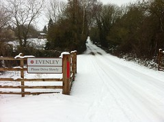 Evenley in the Snow 05.02.12