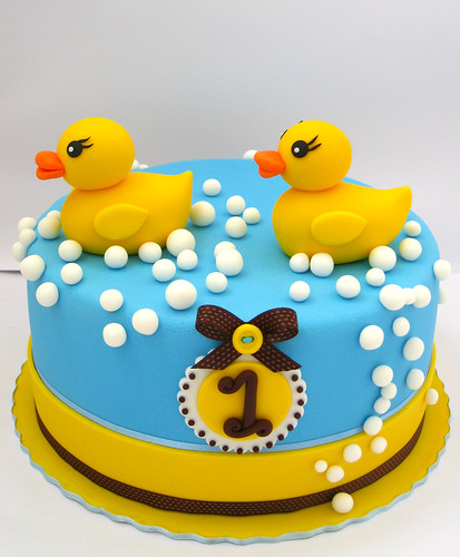 Rubber ducks cake