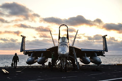 140404-N-BQ948-122 (U.S. Pacific Fleet) Tags: select