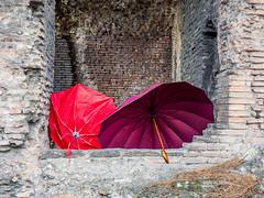 """Roma """"Antica"""" (Fabio Gentili Photography) Tags: roma umbrella rosso foriimperiali ombrello"""