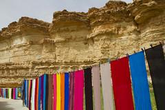 _LK_7252 (Lucille Kanzawa) Tags: desert tunisia oasis saara deserto tecidos coloridos osis