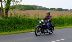 MOTO TERROT RG 5T 1953 (claude.lacourarie) Tags: old classic car vintage tour bretagne motorbike moto motorcycle rg 1953 motos ancien motocicleta motocycle vehicule motorrad tdb classique finistere  2016 terrot 5t  tourdebretagne abva bromfiets twowheels  deuxroues