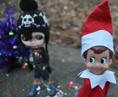 "Nark Elf ""What do we have here Hmm..."" (Lawdeda ❤) Tags: santa christmas for mood little ooak watch elf his oh blythe custom nanette uh has menace ih fbl rbl reroot elfonashelf sammydoe elfnark"