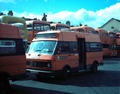 Strathclyde VW LT Devon A764 THS (miledorcha) Tags: buses vw volkswagen glasgow garage devon depot lt m16 strathclyde minibus psv pcv microbus pte lt31 ggpte devonconversions a764ths