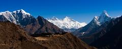Everest and Ama Dablam (Richard Gatersleben) Tags: nepal mountains alps asia bergen alpen khumbu everest amadablam azie reizen lotse snp everesttrek himlaya