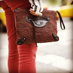Balenciaga clutch on the streets of New York (LeeOliveira.StreetStyle) Tags: newyork fashion square moda style squareformat clutch bags mode hefe streetfashion balenciaga newyorkfashionweek streetstyle newyorkfashion nyfw tumblr iphoneography instagramapp uploaded:by=instagram