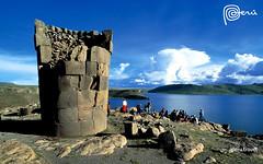 LAS CHULPAS DE SILLUSTANI EN EL LAGO TITICACA REGION PUNO PERU (Enrique Daniel Salazar) Tags: paisajes peru titicaca america lago sur sillustani puno arqueologia chulpas