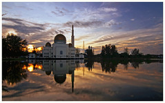 Sunrise @ Masjid As-Salam (Vin PSK) Tags: mygearandme mygearandmepremium mygearandmebronze mygearandmesilver mygearandmegold