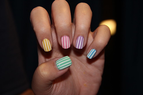 Rainbow candy-striped nails