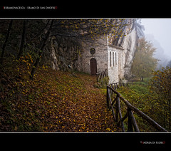 Serramonacesca - Eramo di sant'Onofrio (Andrea di Florio (more than 1.500.000 VIEWS!!!)) Tags: 2 pano